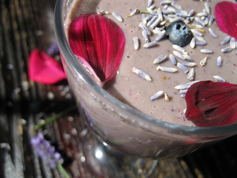 berry rose smoothie 020